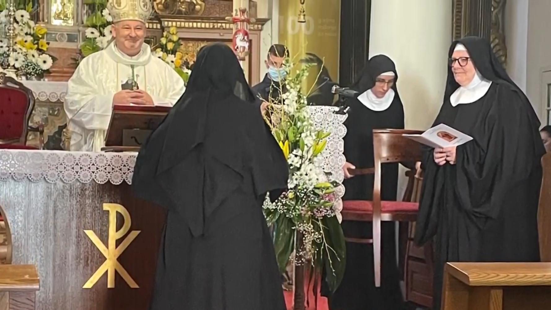 Monaško posvećenje kod benediktinki u Rabu